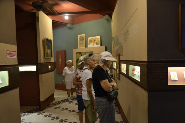 French tourists in the museum