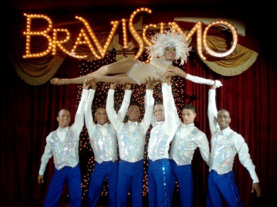 Bravissimo dancers