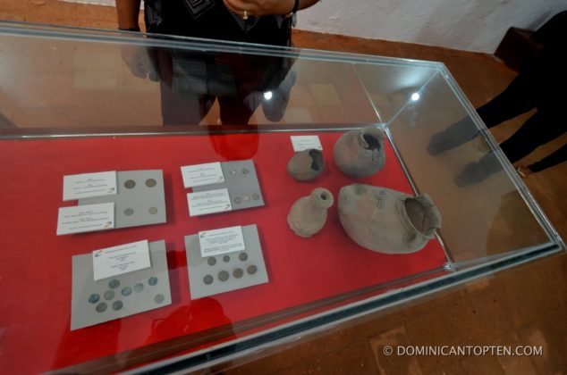 museum exhibits of Taino pottery and coins