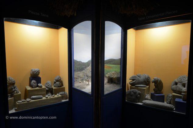 Taino display items