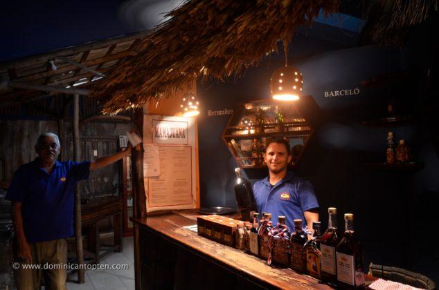 Mamajuana rum bar
