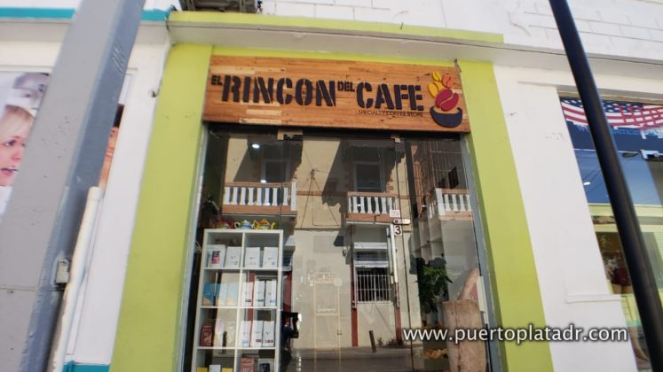 entrance of Rincon del Cafe in Puerto Plata