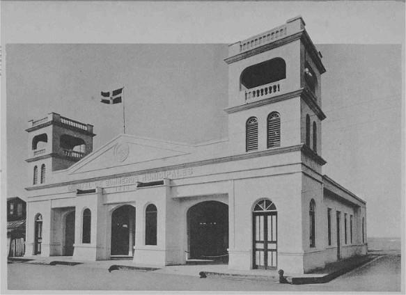 1935 photo of Puerto Plata fire department building