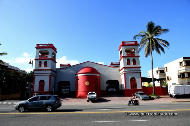 Puerto Plata firefighters building