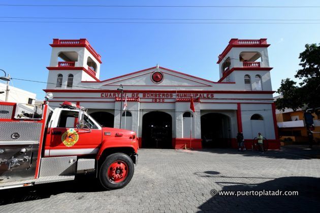 rear facade of Puerto Plata firefighters building