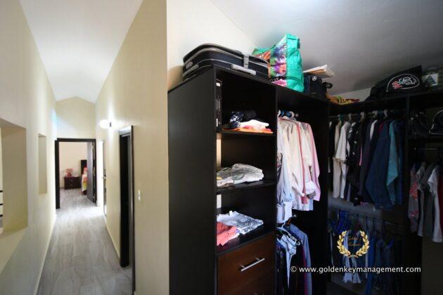 Puerto Plata Chalet Home Walk in closet