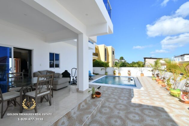 The house has a family terrace with pool
